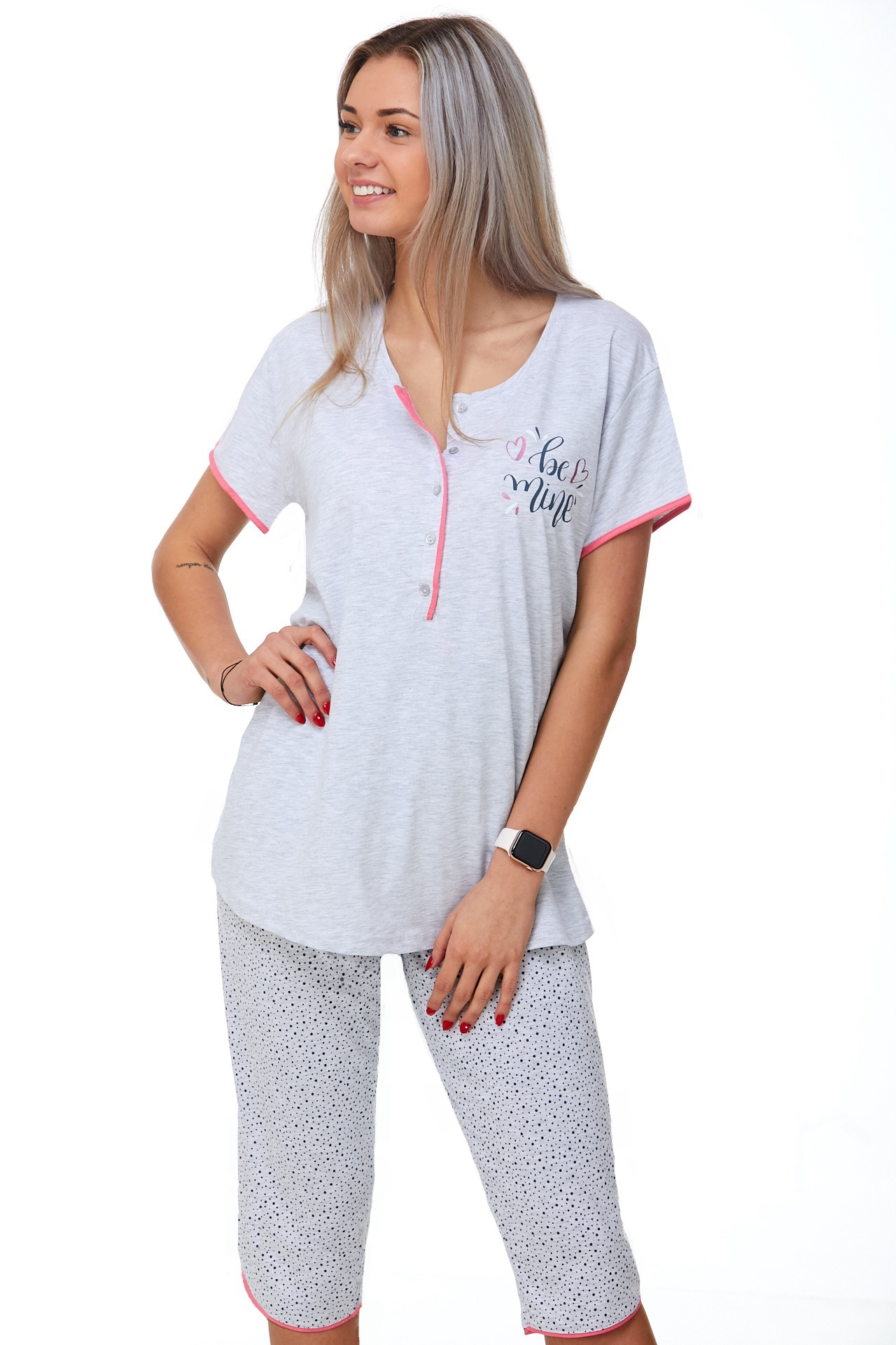Kojící pyžamo do porodnice