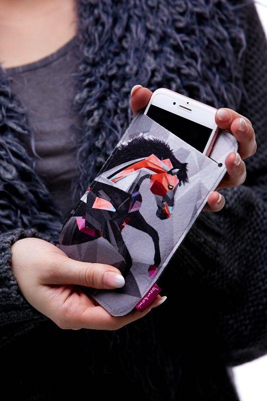 Pouzdro na mobil - Kůň creativ 1Q0058