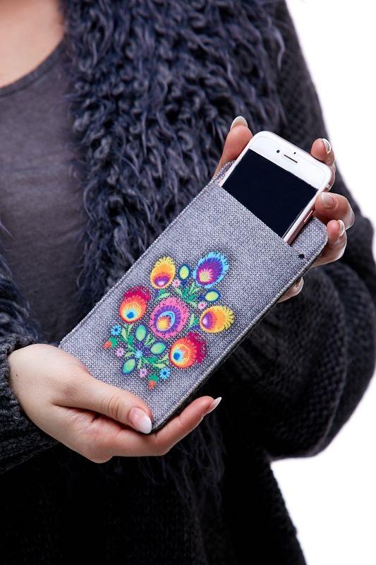 Pouzdro na mobil - Květy