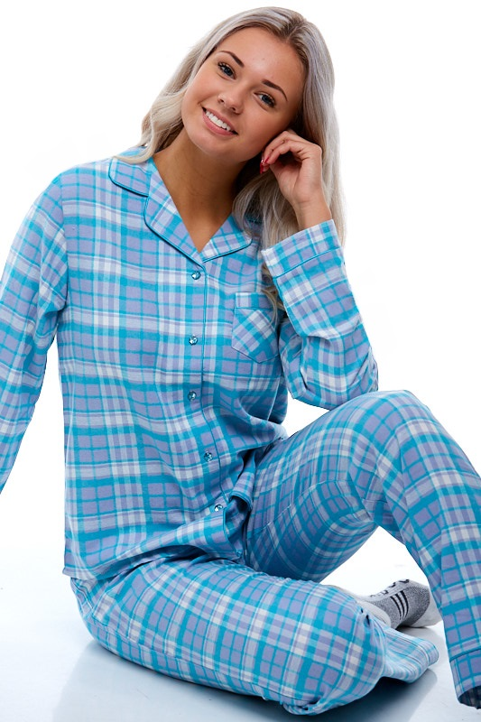 Pyžamo pro ženu z flanelu 1B0680