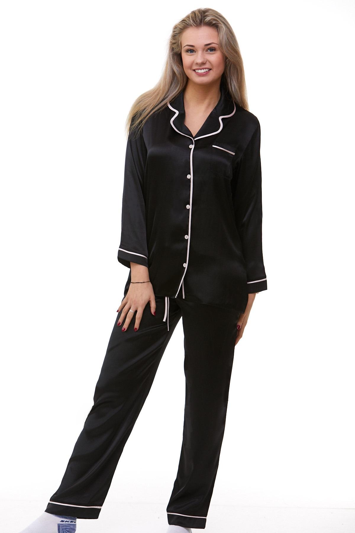 Elegantní pyžamo pro ženy 1E8232