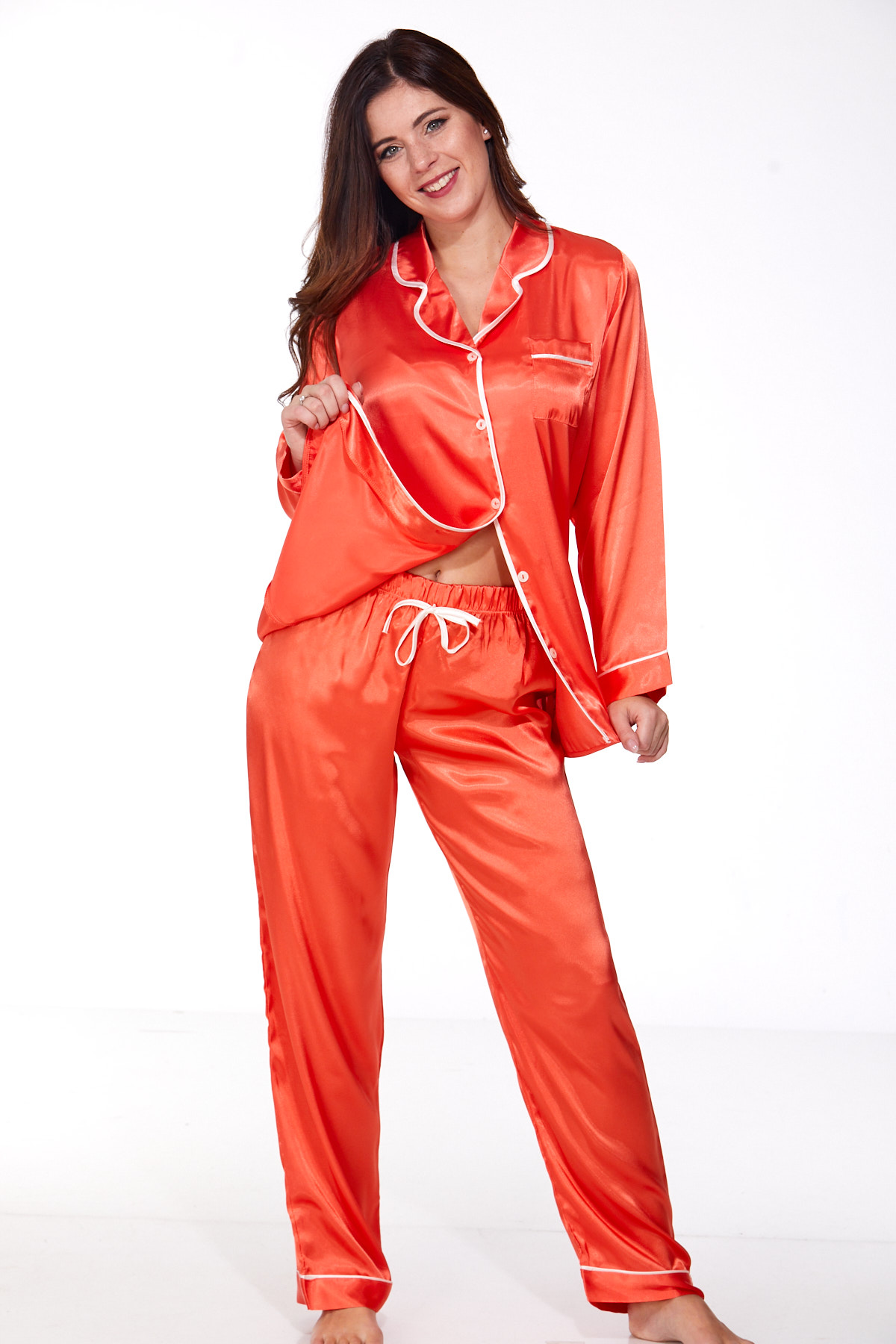 Elegantní saténové pyžamo pro ženy 1E8295