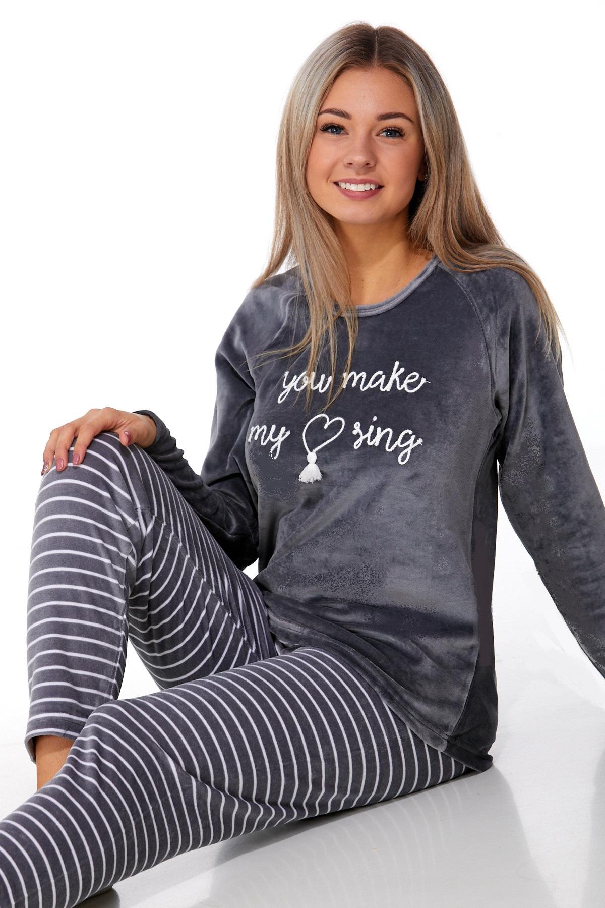 Teplé dámské pyžamo 1B1007