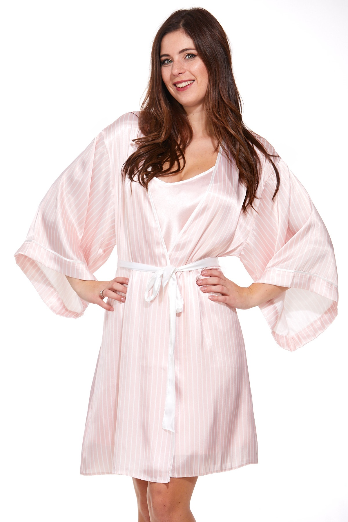 Luxusní košilka a župan v dokonalém kompletu pro ženy 1E8288